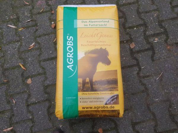 Agrobs LeichtGenüss voor paarden met een lage energiewaarde. Met vezels en kruiden.